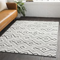 Judyta Bohemian Global White Shag Area Rug - 6'7 x 9'6