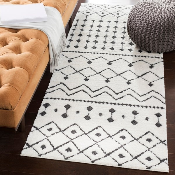 Shop Salcedo Bohemian Black White Runner Rug 2 7 X 7 3 On
