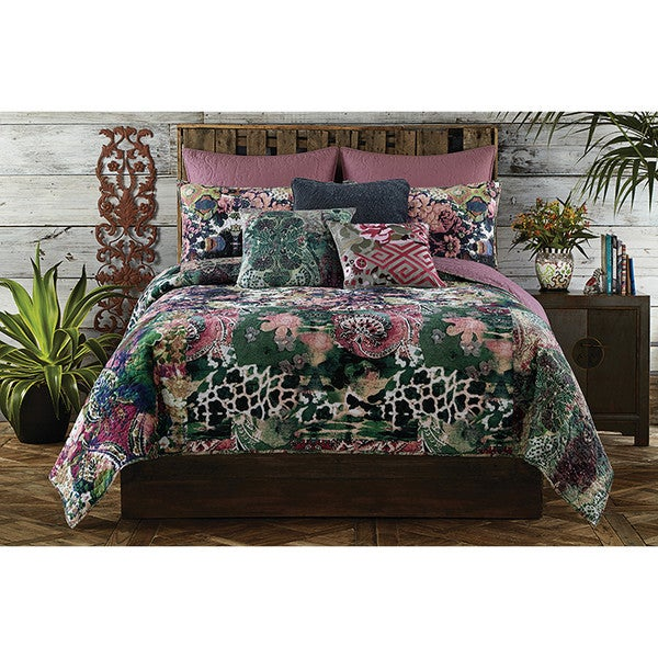 Superbe Tracy Porter Amelia Floral Printed Quilt (Shams Sold Separately)