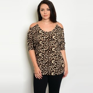 Shop The Trends Women's Plus Size Short Sleeve Top With Allover Leopard Print And Scoop Neckline