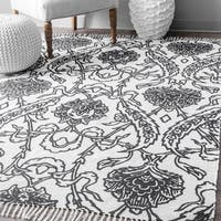 nuLoom Thomas Paul Black/White Floral Indoor/Outdoor Rug (7'6 x 9'6) - 8' x 10'