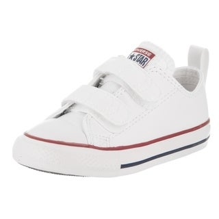 Converse Toddlers Chuck Taylor 2V Ox Casual Shoe https://ak1.ostkcdn.com/images/products/18010973/P24180894.jpg?_ostk_perf_=percv&impolicy=medium