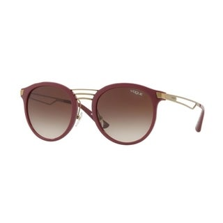 21572fcb4184 Shop Vogue Women s VO5132S 256613 52 Brown Gradient Oval Sunglasses - Free  Shipping Today - Overstock.com - 18012865