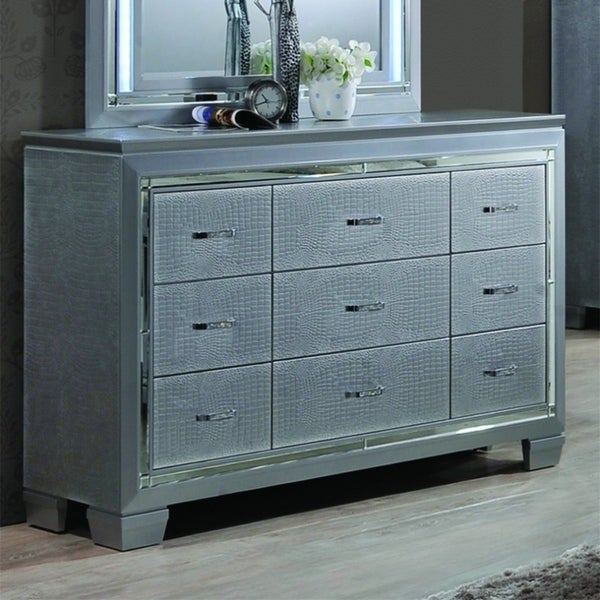 Best Quality Furniture 2-piece Metallic Silver Dresser and Mirror Set with LED Lights
