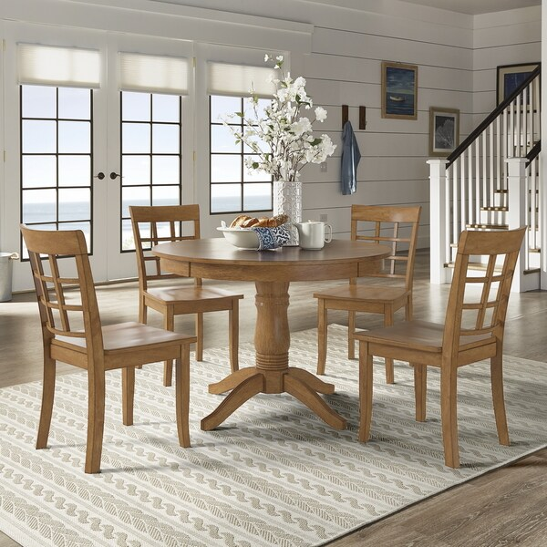 Wilmington II Round Pedestal Base Oak Finish 5-Piece Dining Set by iNSPIRE Q Classic