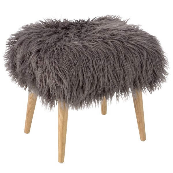 Skyline Furniture Ottoman In Fur