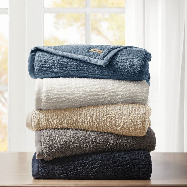 Woolrich Burlington Soild Berber Blanket. Opens flyout.