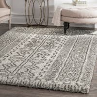nuLoom Moroccan-inspired Luxuries Soft and Plush Abstract Tribal Shag Ivory Rug (5' x 8') - 5' x 8'