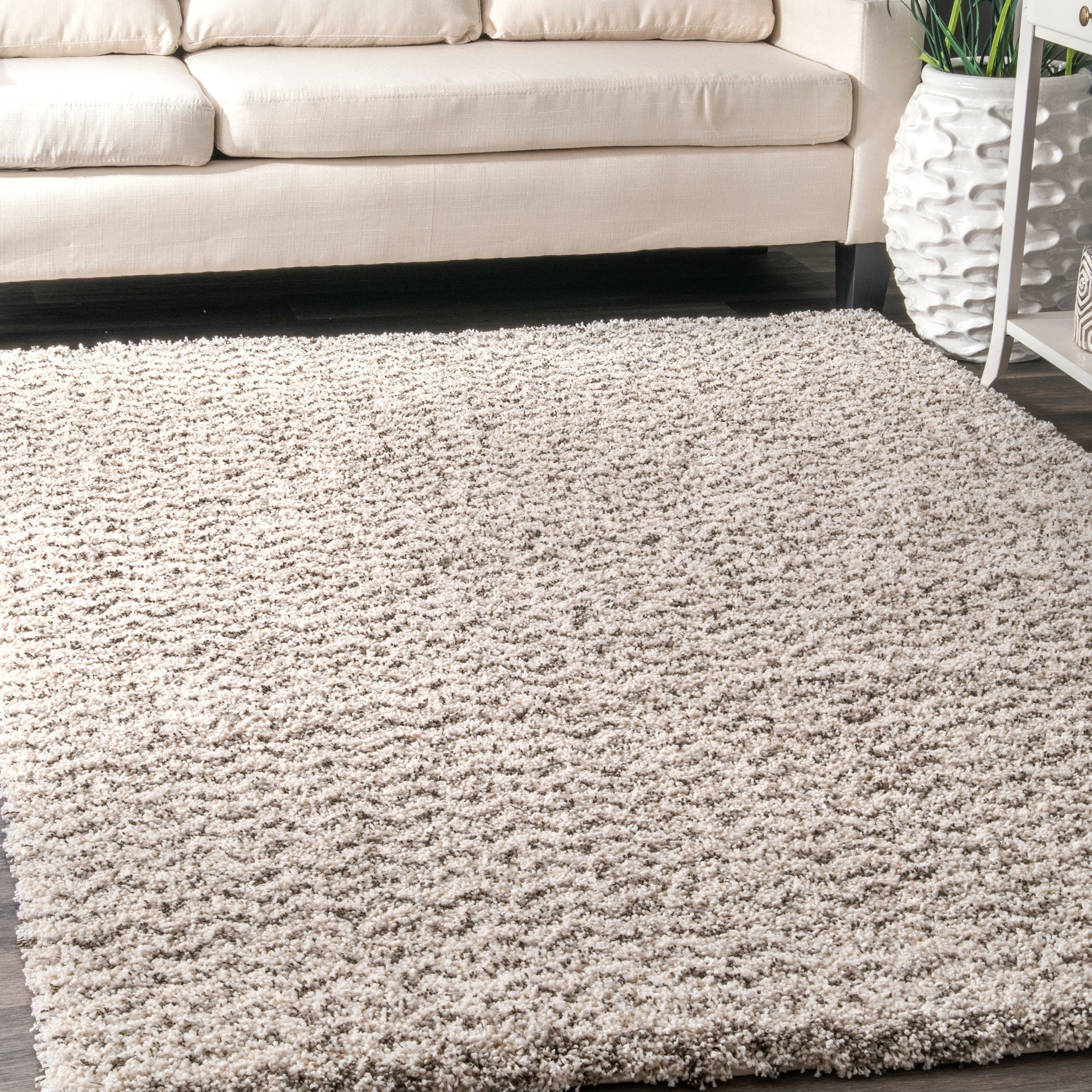 Nuloom Contemporary Moroccan Inspired Luxuries Soft And Plush Solid Chevron Shag Ivory Rug 4