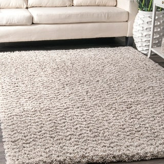 nuLOOM Contemporary Moroccan Inspired Luxuries Soft and Plush Solid Chevron Shag Ivory Rug (4' x 6')