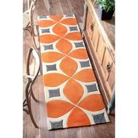 Palm Canyon Plaza Handmade Orange Runner Rug - 2' 6 x 6'