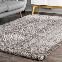 nuLoom Moroccan Inspired Luxuries Soft and Plush Abstract Tribal Brown Shag Rug (7'6 x 9'6)