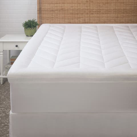 Chevron Quilted Mattress Pad - White