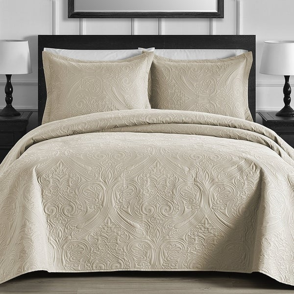 Floral 3 Piece Oversized Quilt / Coverlet Set With Cotton Filling
