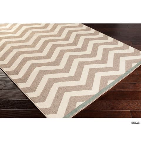 Tuntutuliak Chevron Indoor/ Outdoor Runner Rug - 2'3 x 11'9 by Havenside Home