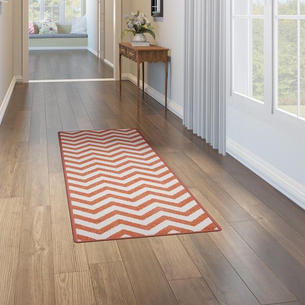 Chic Indoor Outdoor Stripe Rugs 6 Colors Available: Shop Havenside Home Tuntutuliak Chevron Indoor/ Outdoor