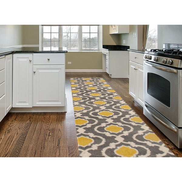 Porch & Den Marigny Touro Trellis Grey/ Yellow Runner Rug (2' x 7'2)