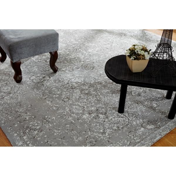 Jardin Vintage Zinc Cotton Chenille Handmade Area Rug - 9'6 x 13'