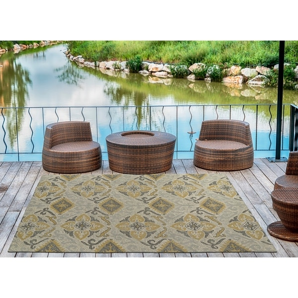 Indoor/Outdoor Hand-Tufted Robinson Spa Polyester Rug - 9' x 12'