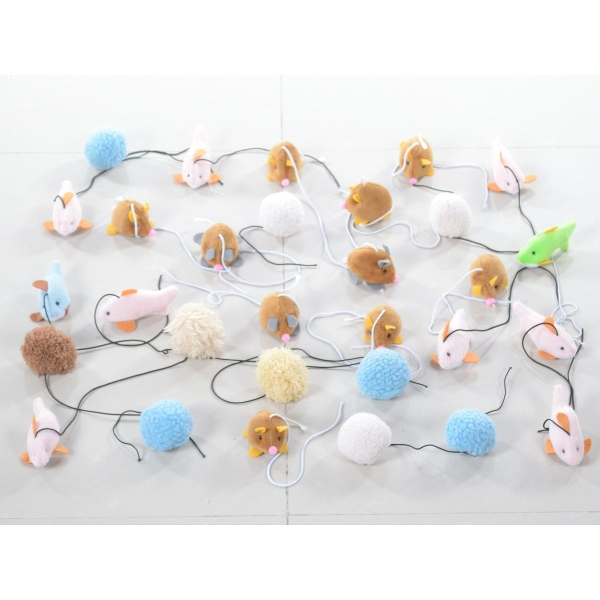 Armarkat Pet Toys for Cats TOY5-30PCS (Multi - Polyester ...