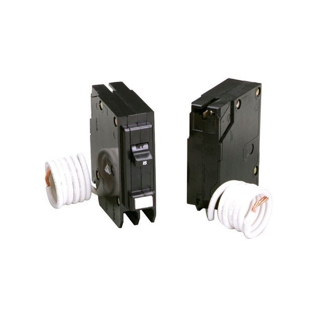 Eaton GFCI Self Test Circuit Breaker 15 Plug-In 120/240 6 09 in  L