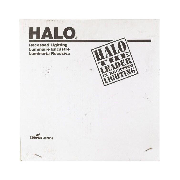 Halo White Recessed Light Trim (Metal)