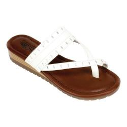 Women's Cliffs by White Mountain Shawnie Toe Loop Sandal White Burnished Smooth Polyurethane