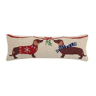 Mistletoe Dachshunds Hook Pillow