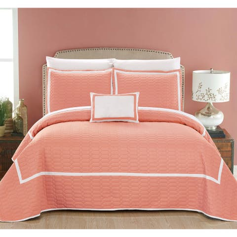 Chic Home Cummington Coral Hotel Collection Two Tone 8 Piece Quilt Cover and Sheet Set