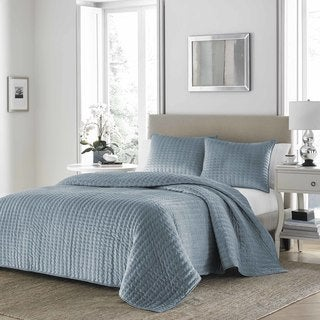 Stone Cottage Micromink Blue Quilt Set