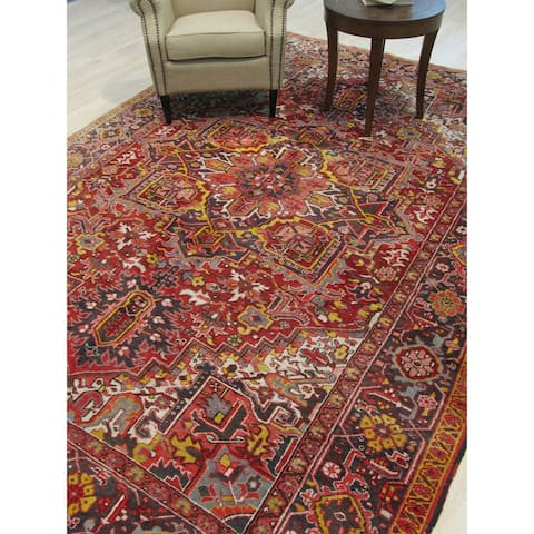Hand-knotted Wool Red Traditional Geometric Heriz Rug - 8' x 11'