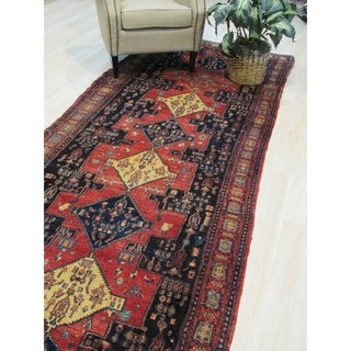 Hand-knotted Wool Red Traditional Oriental Senneh Rug - 4' 2 x 12' 2