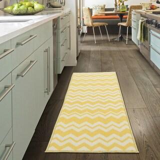 Ottomanson Studio Collection Chevron Design Runner Rug, - 1'8 x 4'11 (Option: Yellow - Cream)