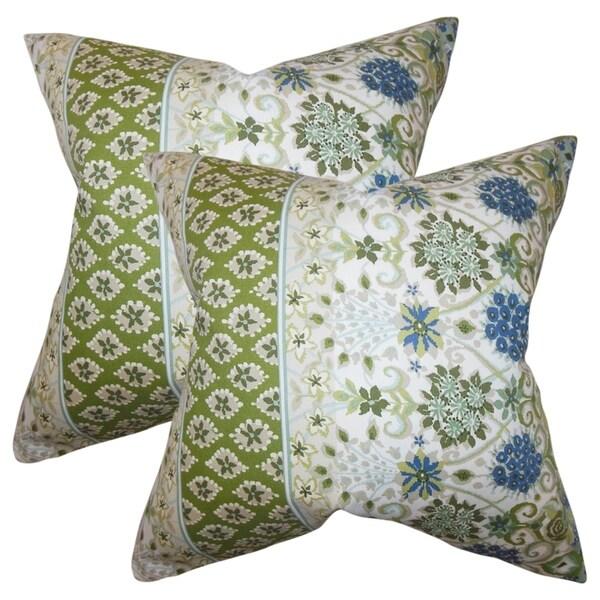 Set of 2 Kairi Floral Throw Pillows in Cactus