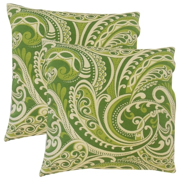 Set of 2 Natashaly Damask Throw Pillows in Kelly
