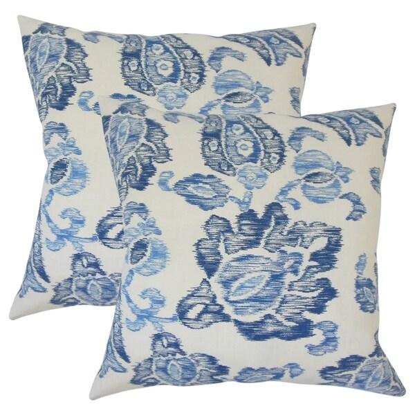Set of 2 Kaley Ikat Throw Pillows in Indigo