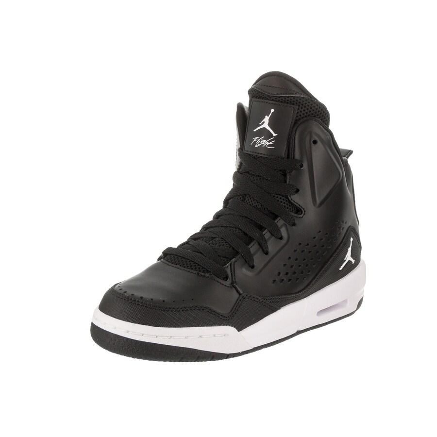 Nike Jordan Kids Jordan SC-3 BG Basketball Shoe (4), Boy'...