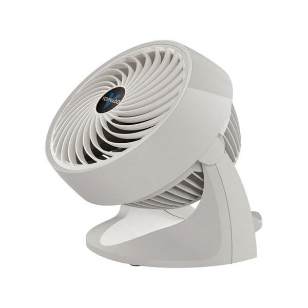 Vornado Table Fan 11.3 in. H x 7 in. L x 9.65 in. W 3 speed AC 3 blade White