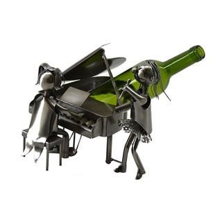Wine bottle holder by Wine Bodies, Piano player and singer