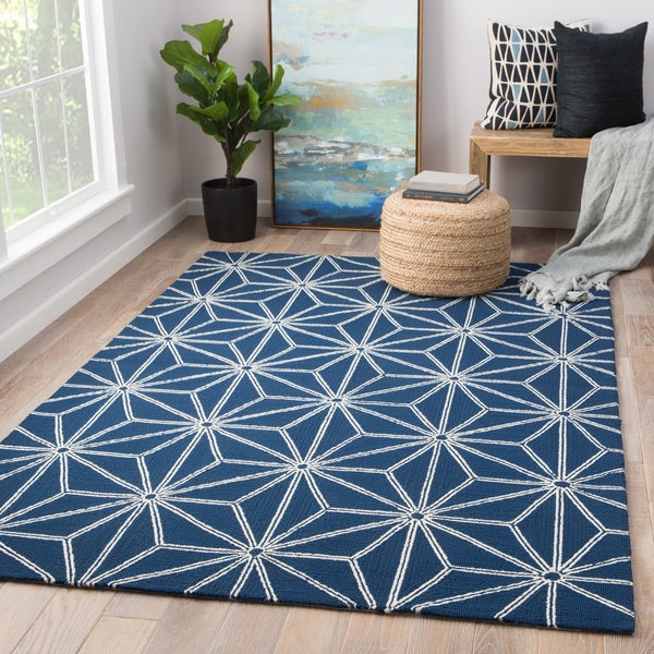 Shop Saison Indoor Outdoor Geometric Navy White Area Rug 5 X 7 6