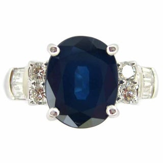 Oval Blue Sapphire & Diamonds in 18k White Gold Engagement Gemstone Ring