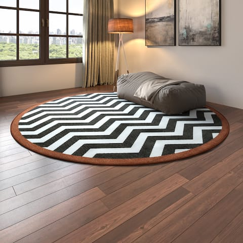 Tuntutuliak Chevron Indoor/ Outdoor Area Rug - 8'9 Round by Havenside Home
