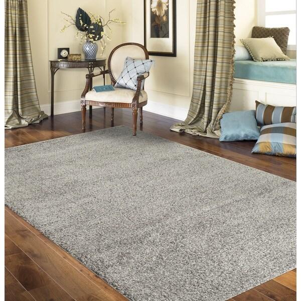 Porch & Den Kerlerec Solid Light Grey Indoor Shag Area Rug - 5'3 x 7'3