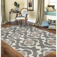 Porch & Den Marigny Touro Trellis Grey/ Cream Shag Rug - 7'10 x 10'