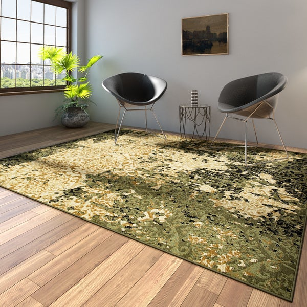 Porch & Den Somerville Wesley Ivory and Green Olefin Indoor Area Rug - 7'9 x 9'5