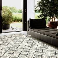 Porch & Den Somerville Berkeley White Indoor Area Rug (7'9 x 9'5)