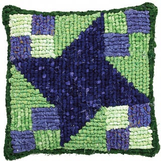 """Quilt Mates Locker Hook Pillow Kit 12.5""""X14"""""""