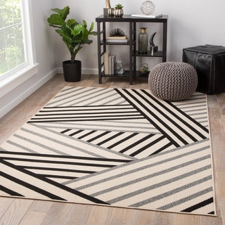 "Ace Indoor/ Outdoor Geometric Black/ Gray Area Rug (2' X 3'7"")"