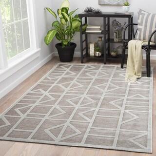 Totem Geometric Grey/ White Area Rug (7'6 x 9'6)