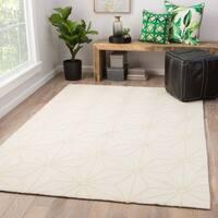 Juniper Home Saison White/ Cream Indoor/ Outdoor Geometric Area Rug (7'6 x 9'6)